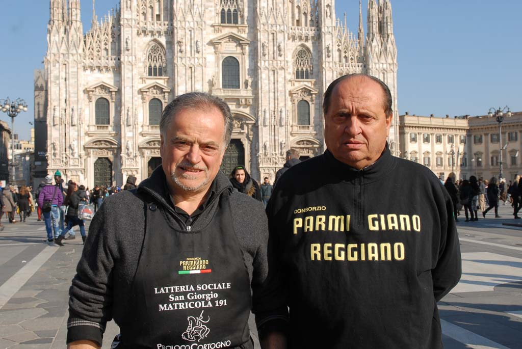 Parmigiano di montagna in Piazza Duomo a Milano - Stramilano 2013