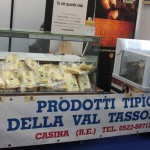 Stand del Parmigiano Reggiano di montagna a Stramilano 2012